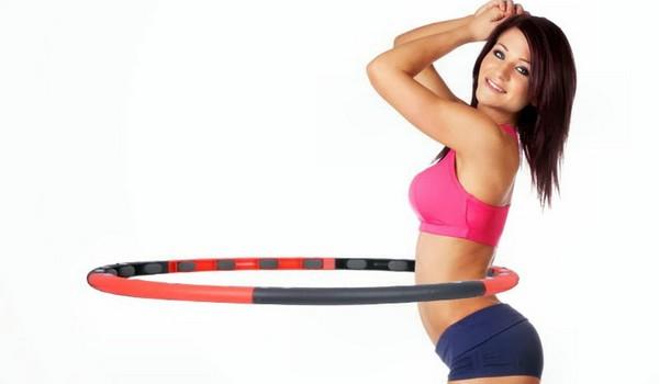 Як правильно крутити масажний обруч для схуднення, щоб прибрати живіт і боки: рекомендації тренера, відгуки